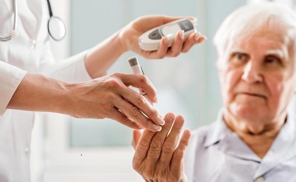 Bệnh tiểu đường ở người già