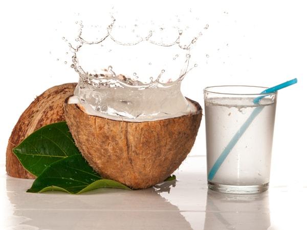 Nước dừa bổ sung, cải thiện chất khoáng bị mất