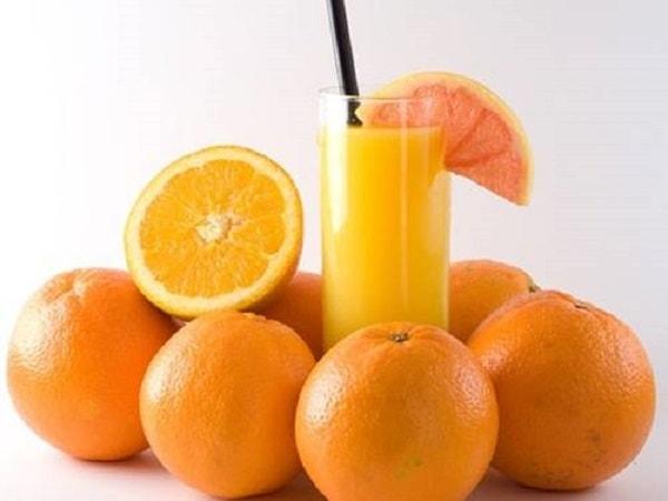 Nước cam chứa nhiều vitamin