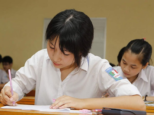 Môn Toán gồm 50 câu trắc nghiệm với thời gian làm bài 90 phút