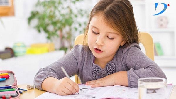 Học bài vừa đủ là cách tạo hứng thú cho trẻ