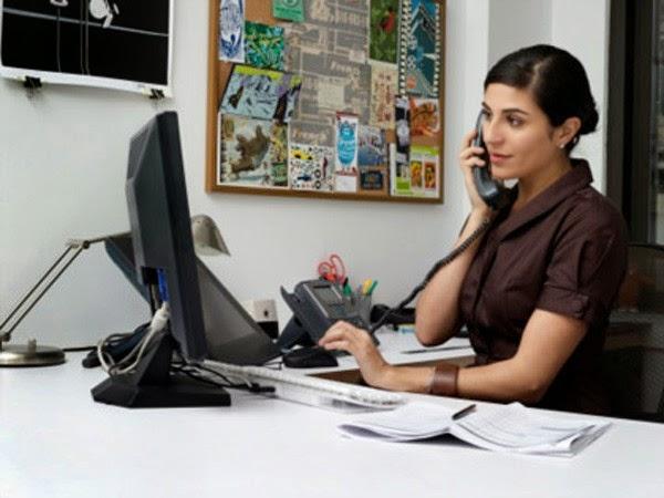 Sử dụng máy tính nhiều là một trong những nguyên nhân gây đau đầu