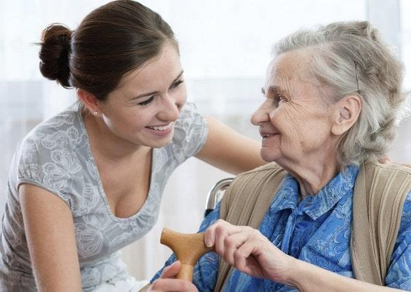 Con cái nên thấu hiểu tâm lý cha mẹ lúc về già