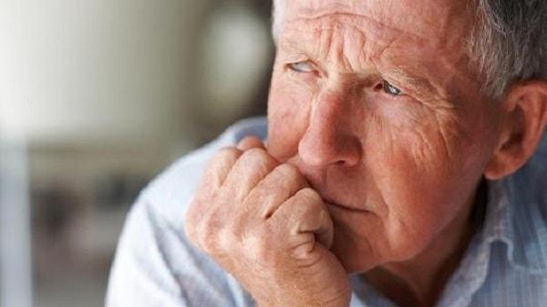 Đừng để cha mẹ cô đơn khi về già