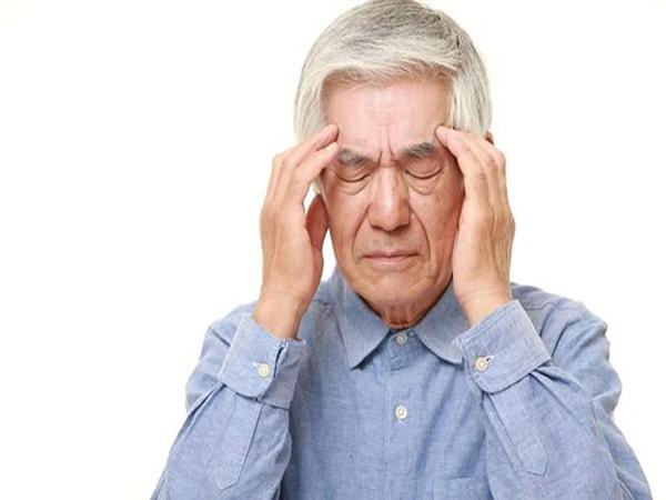 bệnh lẫn ở người già 1