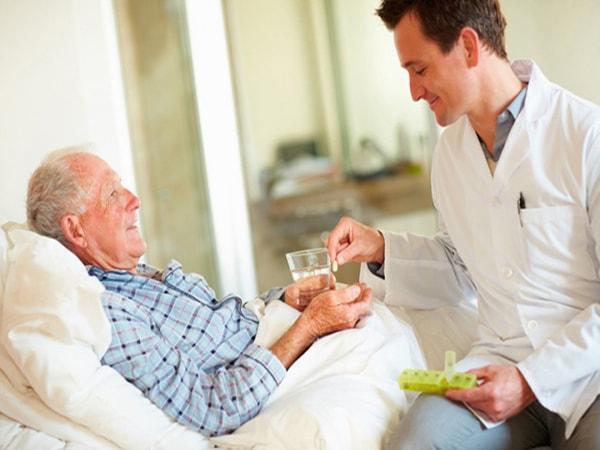 nguyên nhân gây sốt ở người cao tuổi 2