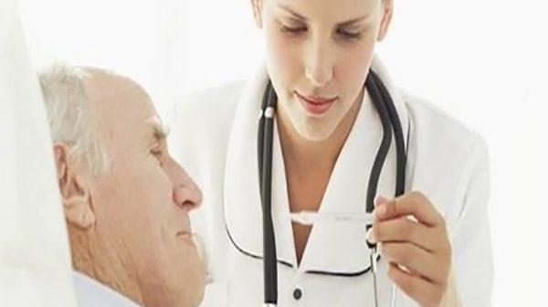 nguyên nhân gây sốt ở người cao tuổi