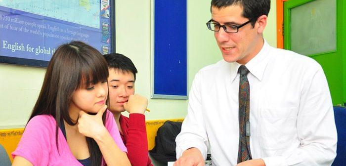 Bí quyết để giúp gia sư dạy tốt môn Tiếng Anh lớp 12
