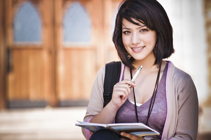 Có nhiều bí quyết để giúp cho gia sư dạy tốt môn tiếng Anh lớp 12