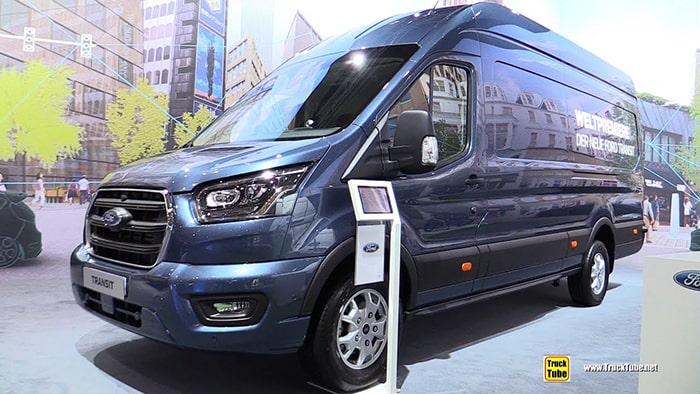 Ford Transit có thiết kế sang trọng và hiện đại