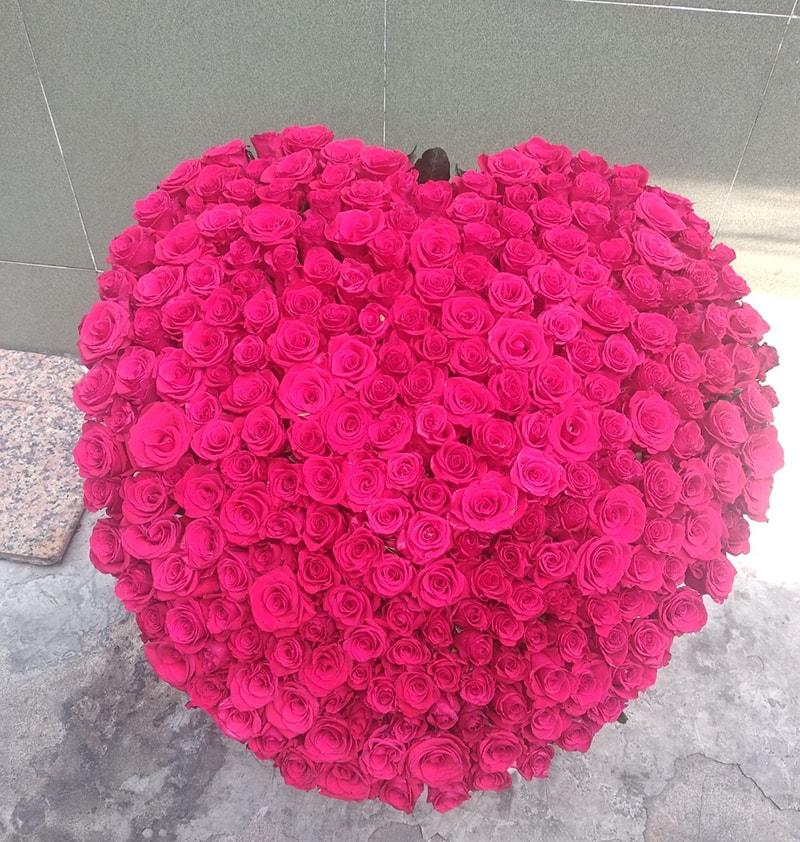 Tại sao nên tặng hoa trong ngày kỷ niệm ngày cưới của bố mẹ?